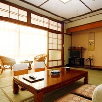 和室8〜10畳(一例)ゆったりと落ち着いた雰囲気の客室です。