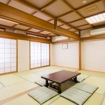 *【部屋(和室19畳)】客室を2間続けたファミリー部屋。大人数でもお泊りいただけます