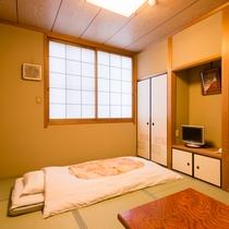*【部屋(和室6畳)】落ち着いた雰囲気の客室。トイレ無しのお部屋です。