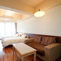 洋室山側ツインルーム