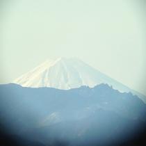 望遠鏡で富士山がみえました