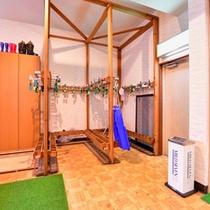 *スキー板乾燥室/ご愛用のスキー板はこちらでご乾燥ください。
