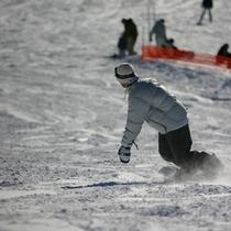 ウィンタースポーツも!八甲田スキー場までお車で約50分