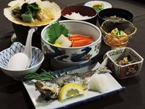 【夕食の一例】バランスよいお食事を日替わりで