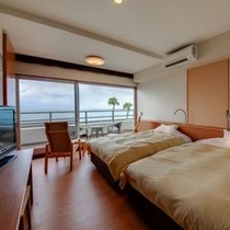 客室 海側 洋室 ベランダ付(セミダブル×2ベッド)