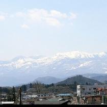 *【景色】吾妻小富士/秀麗な小型の 富士山を思わせ、地元の人々にも古くから親しまれている名山