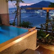 お部屋から熱海の海と街の景色をお楽しみ頂ける露天風呂付客室【翠】(かわせみ)は一番人気♪