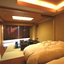 豊月(322号)10畳+ベッド