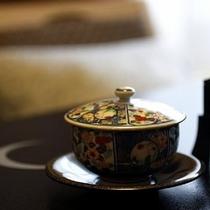 ほっと一息。。旅館ならではの落ち着いた和室でお茶をお楽しみながらお過ごしください。。