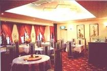 1階レストラン華林のホール風景