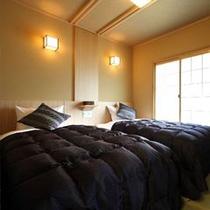 八番館客室(ツインベッド)