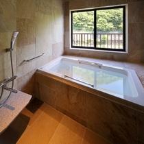 リラックス和洋室☆鬼怒川に面した眺望風呂で温泉をお楽しみいただけます