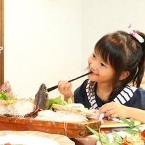 【食事風景】子供も喜ぶ舟盛りやお食事の数々*☆*