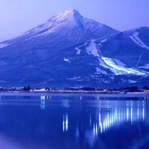 *【猪苗代スキー場】ナイターもおススメ♪ライトアップされていてキレイです!