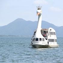 *【観光船】ゆ〜ったりと湖を進む観光船☆爽やかな風を感じながら楽しもう!