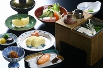 和朝食(湯豆腐朝食)