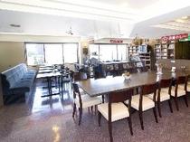 レストラン(2階)