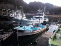 親子二代で漁をする船「吉右衛門丸」