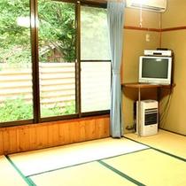 *【和室6畳(一例)】豊かな自然に包まれた、明るい和室。