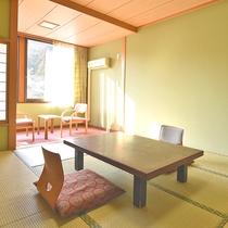 *【和室一例】落ち着きのある畳のお部屋は、心まで落ち着かせてくれます