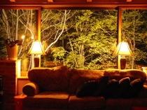 ブナの森ロビ-ライトアップ