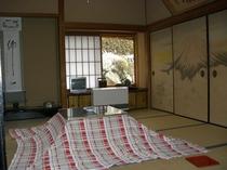 客室(フスマ北)