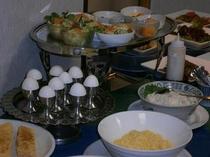 ボリュームたっぷりの朝食で一日のスタート