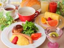 16. 朝食の一例。