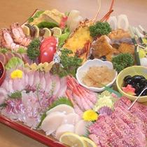 【オードブル盛り合わせ一例】お肉やお魚など一皿に盛り合わせてお出しします