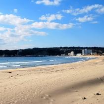 白い砂浜の御宿海岸♪