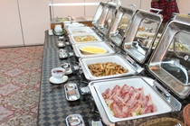 約40種類の和洋朝食バイキング
