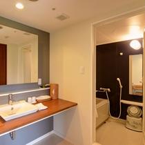 *【禁煙:和洋室】バスルームや洗面台はゆったり利用できるスペース