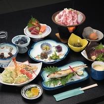 *【ご夕食一例/東館】本館よりも、少しグレードアップした内容の和会席料理をご用意致します。