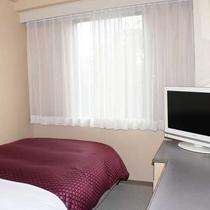 シングル 12平米 ベッド幅120センチ