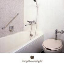 バスルーム〜ウォシュレット全室完備