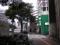 新宿3丁目C7出口