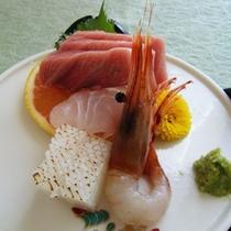 夕食の一例(刺身)