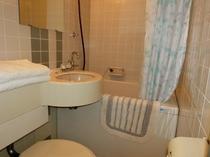 バストイレ付きのお部屋