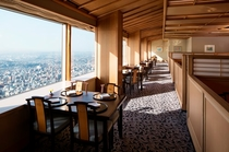 68階 日本料理 四季亭