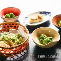 【山菜会席】木の芽和え、山菜天ぷら、若竹煮、たけのこご飯など