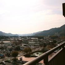 客室からの眺望一例_秋_3