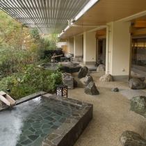 渓谷の湯 露天風呂