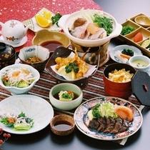 1泊2食「三種盛」の夕食(イメージ)