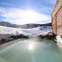 【温泉】お昼の露天風呂気持ちいいです
