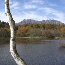 戸隠の情景-秋の小鳥ケ池-