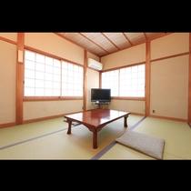 2名から3名様用の和室6畳のお部屋です。