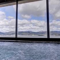 *【2階大浴場】湯船からゆったりと景観をお愉しみ下さい♪