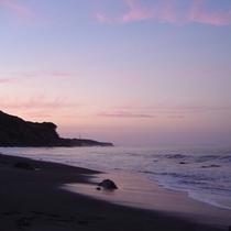【内浦湾】雲が織り成す夕日のグラデーション
