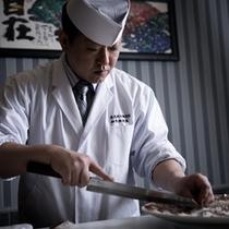 【日本料理】料理長 山下典孝