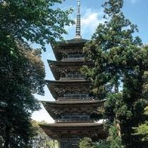 【妙成寺】 北陸における日蓮宗の本山で多数の重要文化財があります。※お車で約20分